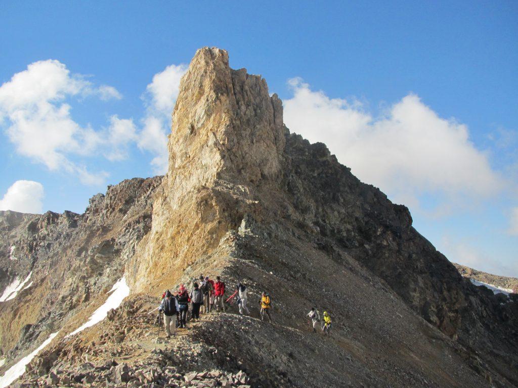 تصویر از علم کوه،دومین قله بلند ایران
